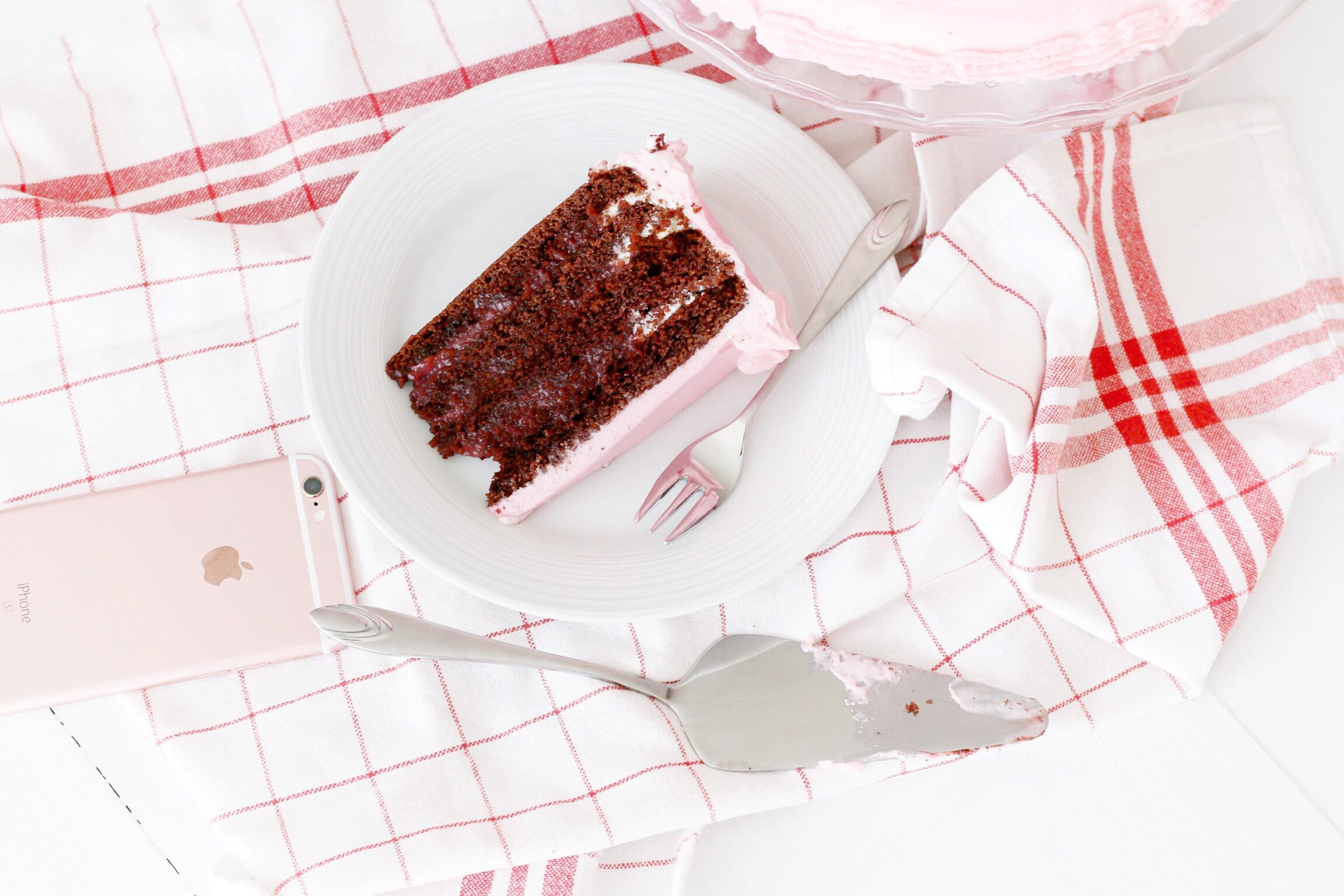 Trysha Gaba - Layer cake au chocolat et à la framboise 5
