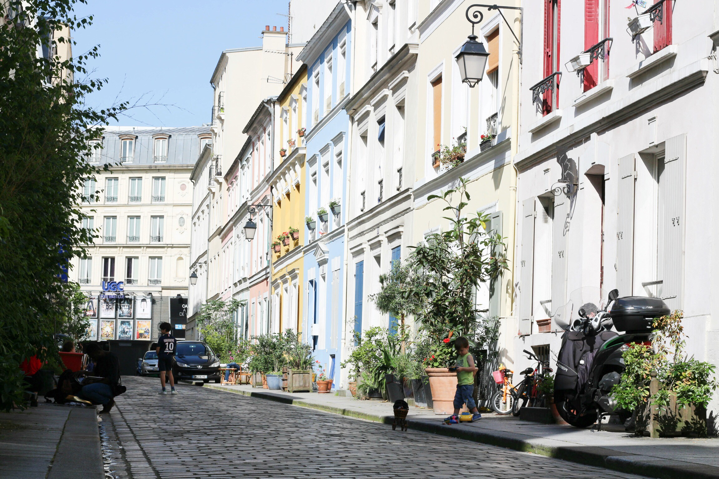 Trysha Gaba - Rue Crémieux 1