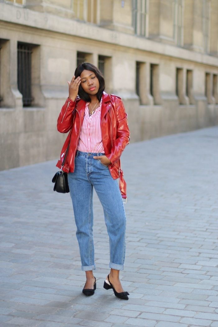 Le retour de la veste en vinyle rouge