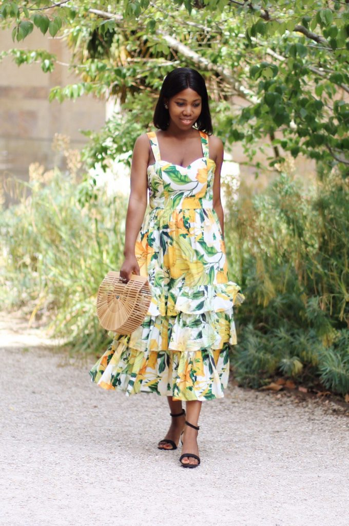 La plus jolie maxi dress de la saison + le sac en bambou star d'Instagram